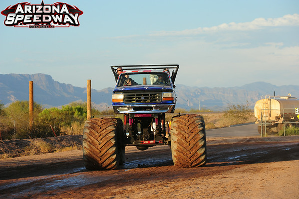 AZ SW Mud MONSTER TRUCK 8-9-2014